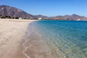Море в Эмиратах Оманский залив