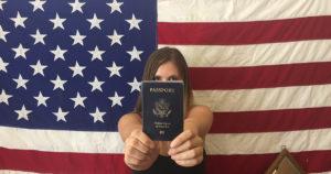 аличие американского паспорта дает ряд дополнительных прав в сравнении со статусом постоянного жителя